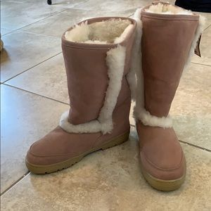 Bare paw Boots